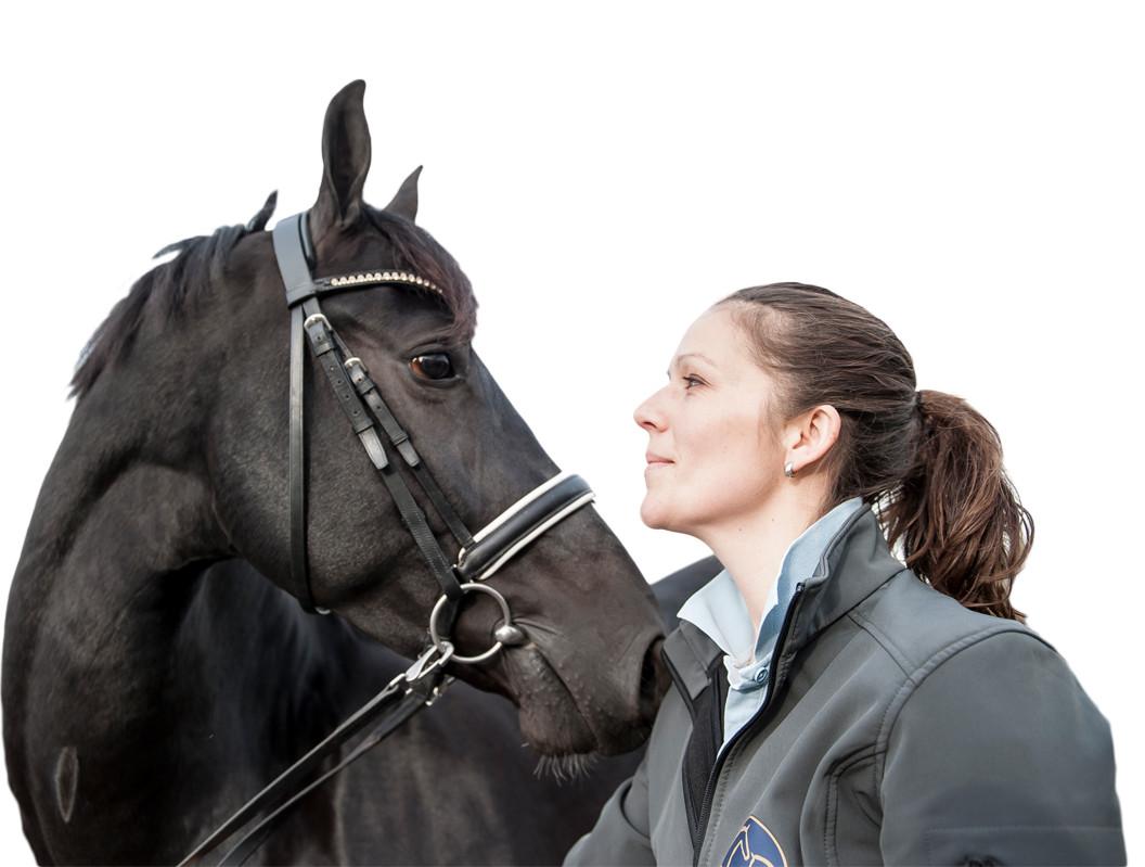 40-3435-VLS-Paardenpraktijk-Over-VLS-Maaike-Lautenschutz-vrijstaand-wit